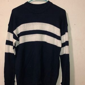 American Eagle navy and white sweater